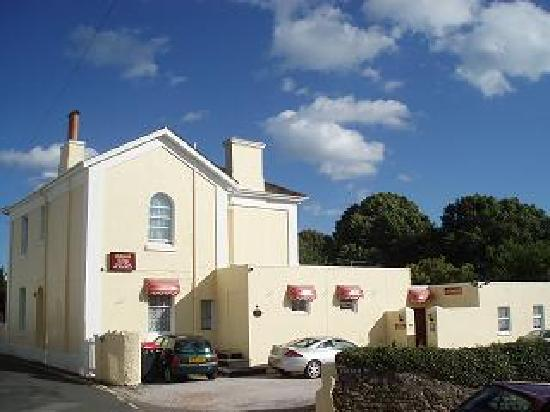 Ashurst Lodge Guest House in Torquay