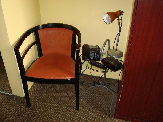 Anne Ma Soeur Anne: Chair