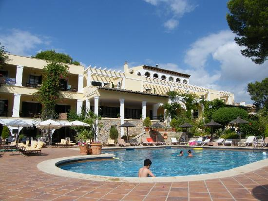 Hotel Bahia: the hotel from the pool