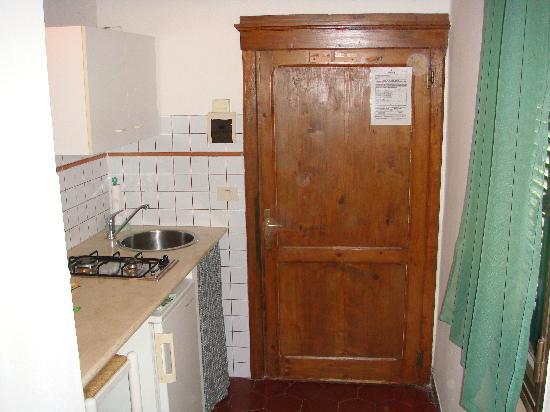 Camere Con Vista: The kitchenette