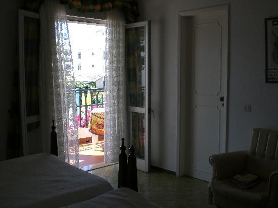 Casa Pedras Apartments: Rm 5 bedroom 1