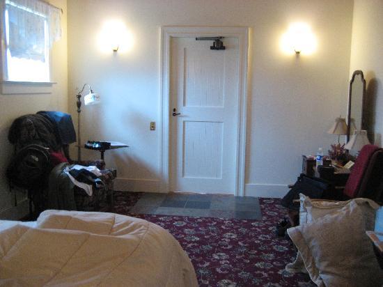 Point Cabrillo Light Station: Cottage room