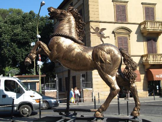 Residence Le Meridiane: Palio horse