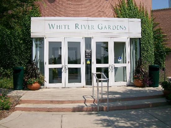 White River Gardens: Entrance