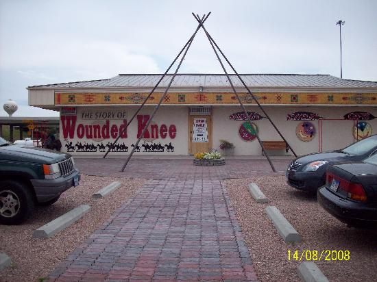 Wounded Knee: The Museum: The outside of the museum