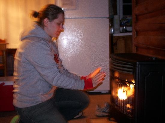 Whispering Pine Lodge: inside cabin
