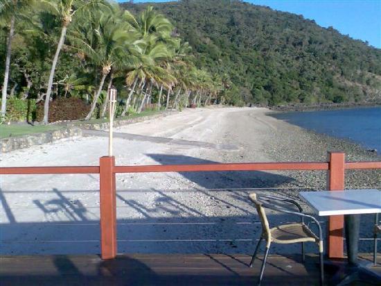South Molle Island, Austrália: View along the beach