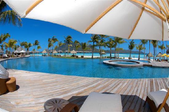 منتجع Four Seasons Resort Bora Bora: Four Seasons Bora Bora Horizon Pool