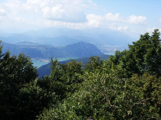 Tessin, Suisse : View from Monte Generoso