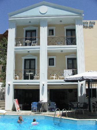 Renia Hotel Apartments: A part of Renia Apartments
