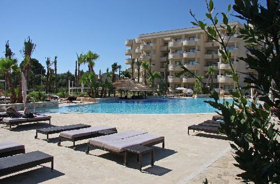 Protur Biomar Gran Hotel & Spa : Main pool area
