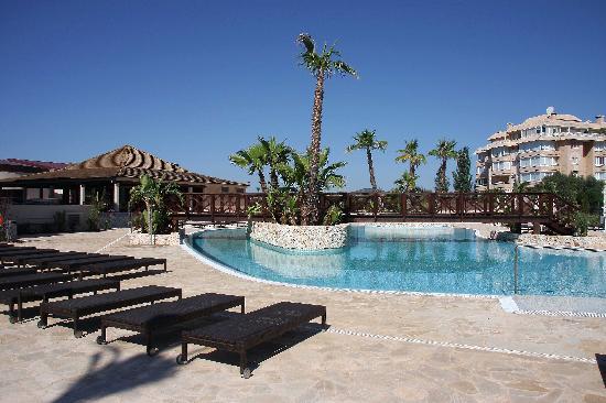 Protur Biomar Gran Hotel & Spa : Quieter pool area