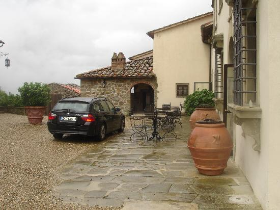 Villa Campestri Olive Oil Resort: Even when it rains it's still beautiful