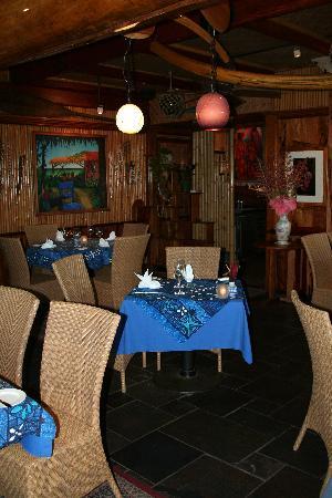 Mama's Fish House : Dining Room