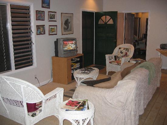 Kakalina's Bed and Breakfast: Living room Hale Eha