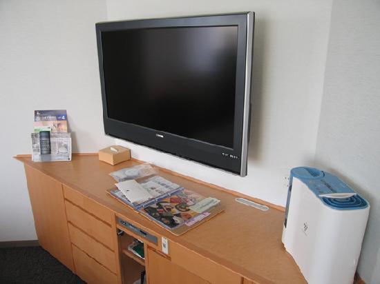 Richmond Hotel Sapporo Ekimae : 37インチの液晶テレビと加湿器常備です