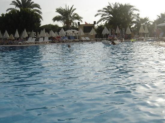 Kirman Sidera Luxury & Spa: pool