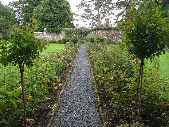 Westbank House: Gardens on Gigha