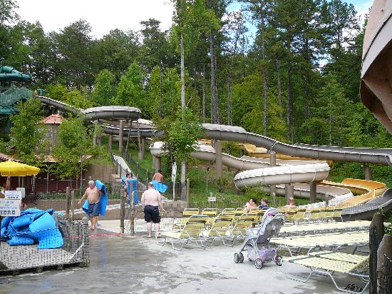 Dollywood's Splash Country Water Adventure Park: Mat slides (Mountain Twist)