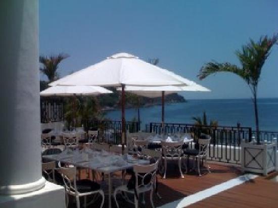 Club Med Ixtapa Pacific: Terasse of Main Restaurant