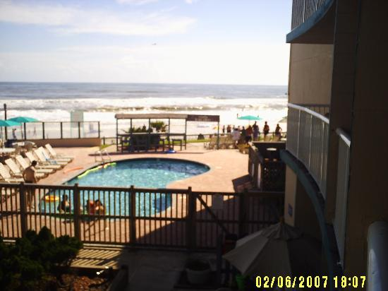 Cove Motel Oceanfront: view from our room