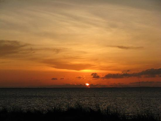 Royal West Indies Resort: Sunset colors!