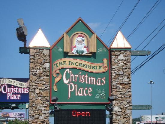 outside picture of christmas place pigeon forge. Black Bedroom Furniture Sets. Home Design Ideas