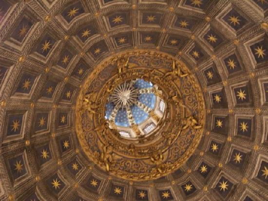 Siena Cathedral: Inside SIena's Duomo