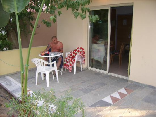 Paphos Gardens Holiday Resort: Our terrace