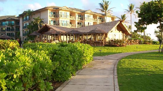 Waipouli Beach Resort: Resort Bar and Grill