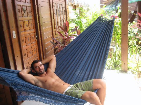 Senzala dos Amigos: hammock infront of room
