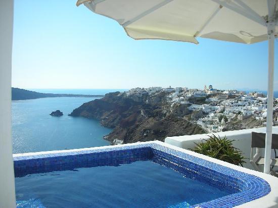 Super private hot pool