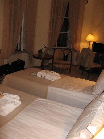 Savoy Boutique Hotel: bedroom 2