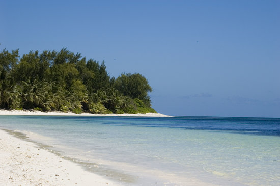 Desroches Island, Seychellerne: One of the nicest beachest - where they are building the new resort