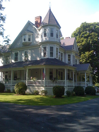 King's Victorian Inn Bed and Breakfast: King's Victorian Inn B&B