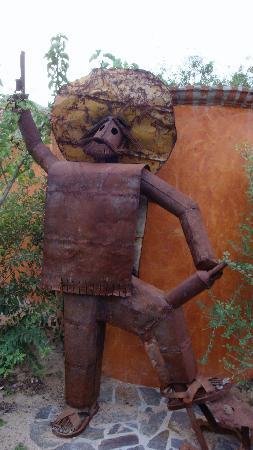El Encanto de Cabo Pulmo: art on the property