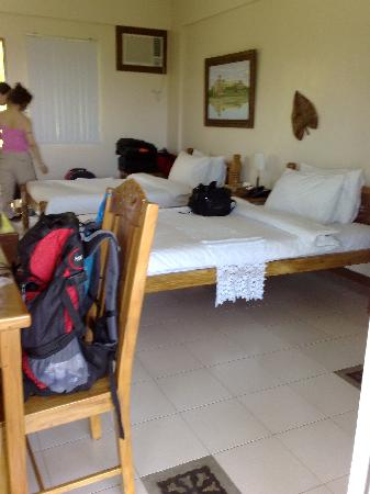 Amarela Resort: Deluxe rm with 2 double beds