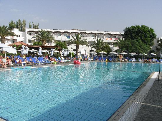 Sun Palace Hotel: vorm Zimmer