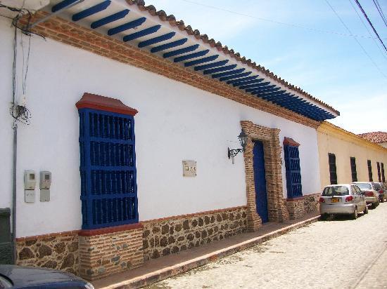 Hotel Casa Tenerife: Fachada de la casona colonial de 350 años de antigüedad completamente reconstruida hace unos año