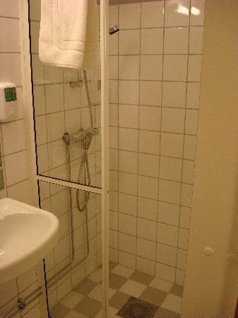 Voksenasen AS: doccia a pavimento