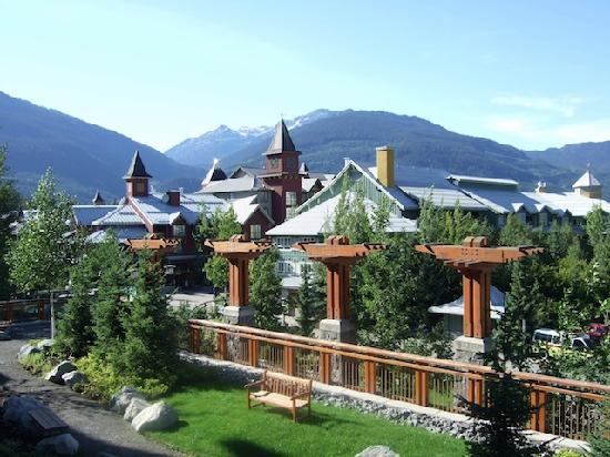 Pan Pacific Whistler Village Centre : View from window