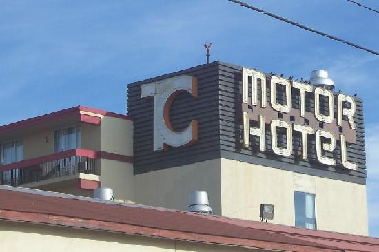 Town & Country Motor Hotel : Town andCountry Sign on Top (2)