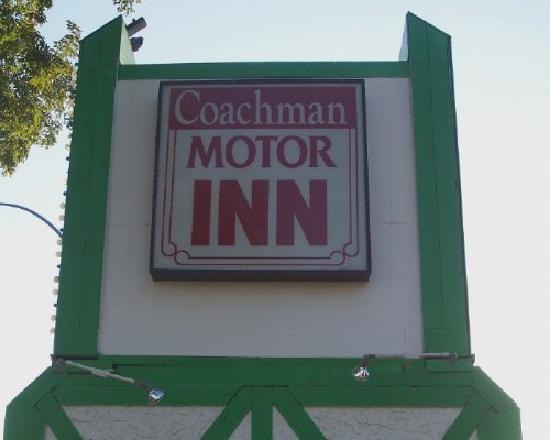 Coachman Inn Motel: Coachman Motor Inn Entrance Sign