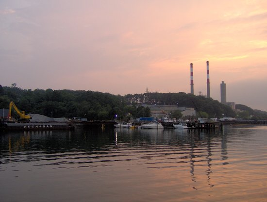 Port Jefferson, Nowy Jork: Harbor at sunset
