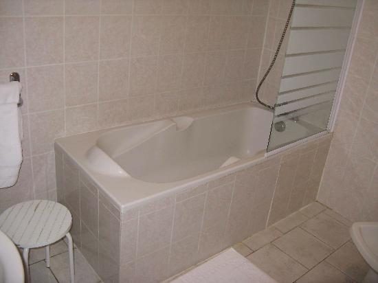 La Gentilhommiere : Bathroom