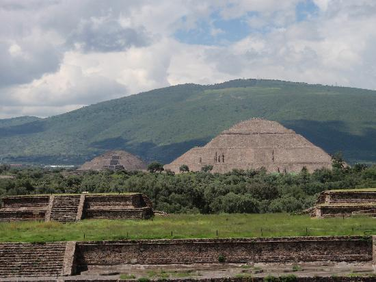 Ramada Reforma Mexico City: Teotihuacan Pyramids