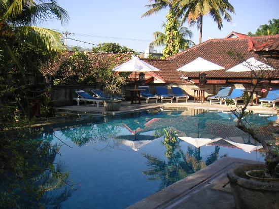 Aditya Beach Resort: プール