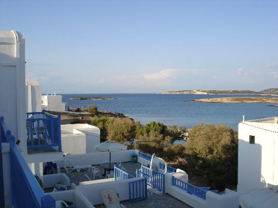 Contaratos Beach Hotel: Die Aussicht von unserem kleinen Balkon