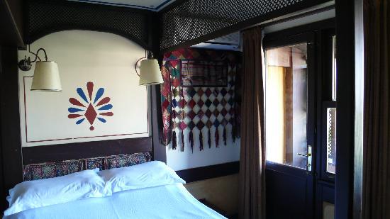 Hotel Empress Zoe : Chambre 41