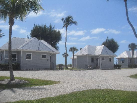 Shalimar Cottages and Motel : bungalows